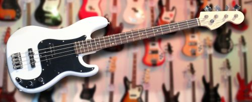 Squier Affinity Precision PJ Bass Olympic White