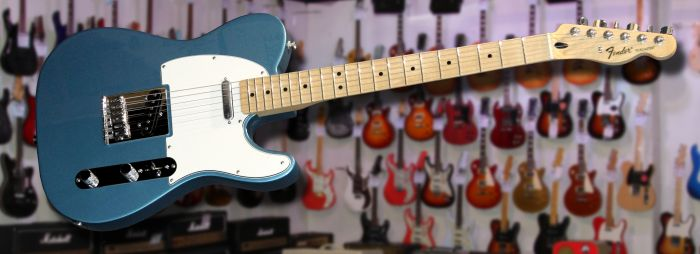 Fender Standard Telecaster Lake Placid Blue