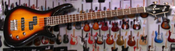 Chord CCB90 Bass Guitar Sunburst
